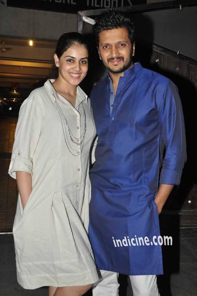 Ritesh Deshmukh with wife Genelia D'Souza