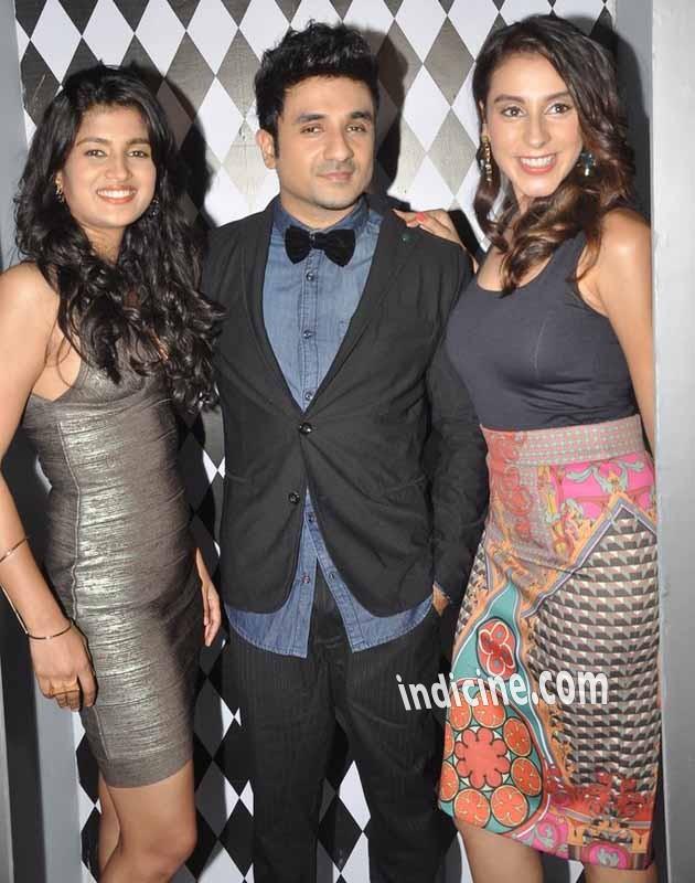 Vega Tamotia, Vir Das and Anindita Nayar at Amit Sahni Ki List music launch