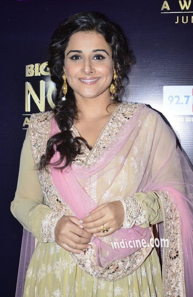 Vidya Balan at Life OK Now Awards