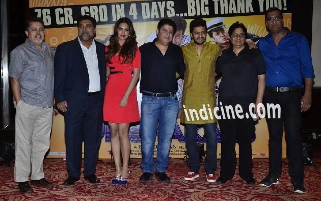 Vijay Singh, Ram Kapoor, Esha Gupta, Sajid Khan, Ritesh Deshmukh and Vashu Bhagnani