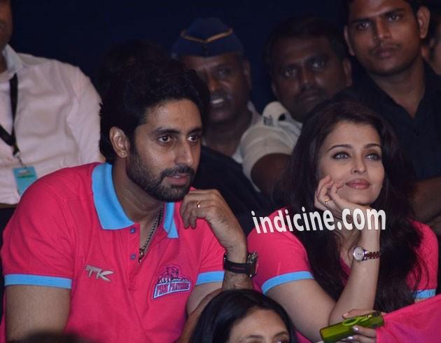 Abhishek Bachchan, Aishwarya Rai Bachchan at Pro Kabbadi League