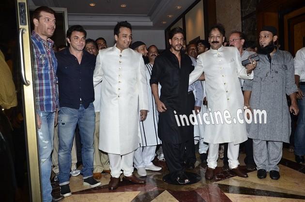 Aditya Pancholi, Sohail Khan, Zeeshan Siddique, SRK and Baba Siddique