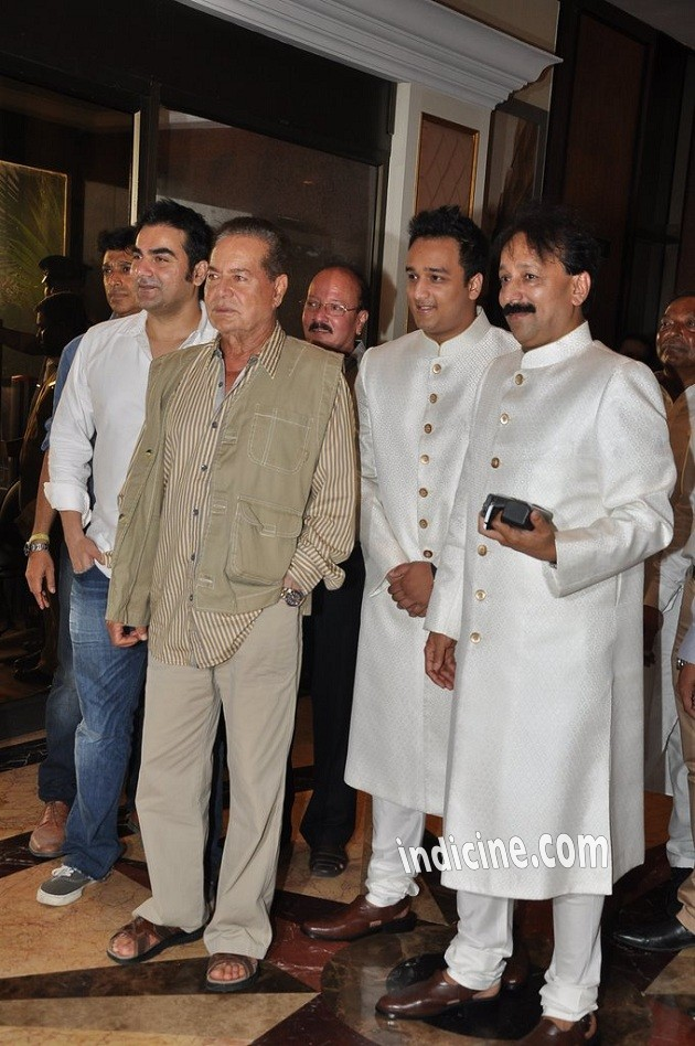 Arbaaz Khan, Salim Khan, Zeeshan Siddique and Baba Siddique