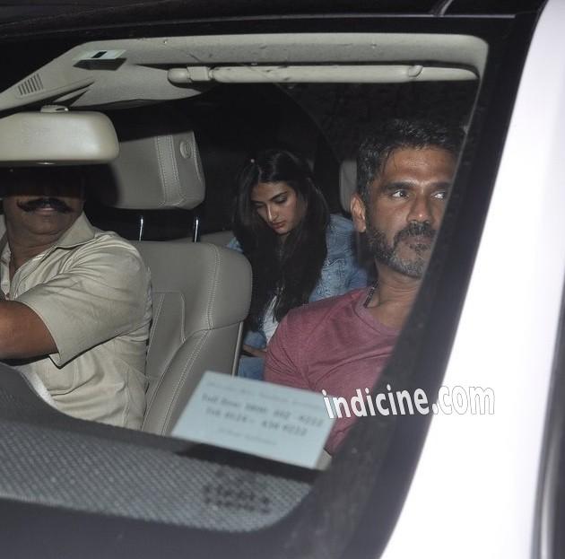 Sunil Shetty with daughter Athiya Shetty