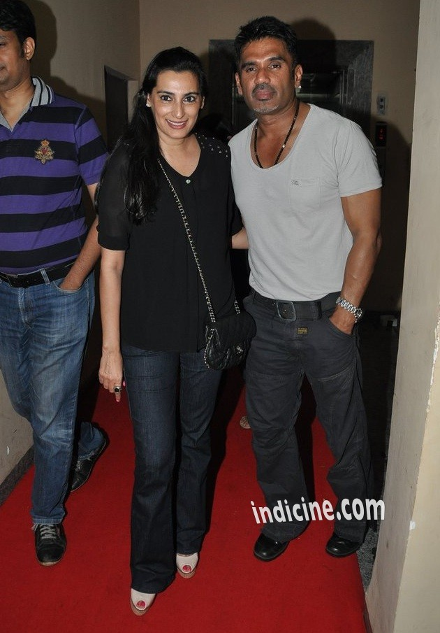 Sunil Shetty with wife Mana Shetty