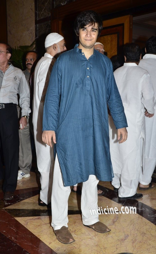 Vivaan Shah at Baba Siddiqui's Iftaar party