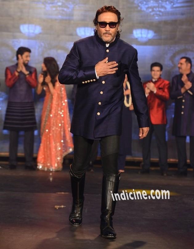 Jackie Shroff walks for Manish Malhotra