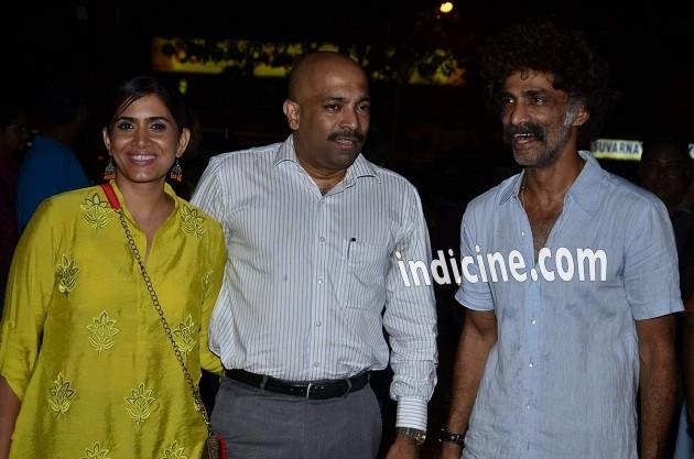 Sonali Kulkarni, Nachiket Pantvaidya and Makrand Deshpande
