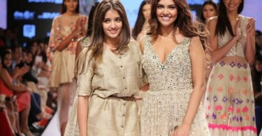 Esha Gupta walks with Arpita Mehta