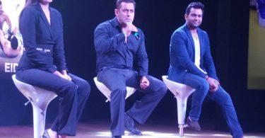 Anushka Sharma, Salman Khan, Ali Abbas Zafar at Sultan Press Meet