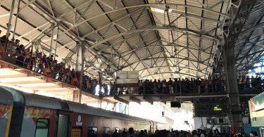 SRK Mumbai Station