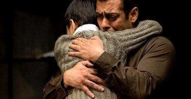 Tubelight Still - Salman Khan, Matin Rey Tangu